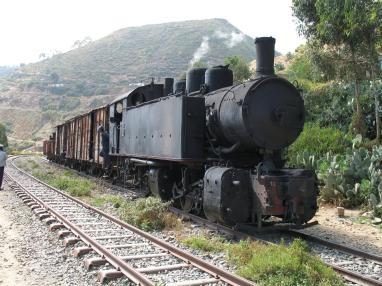 Ansaldo_442_steam_locomotive_in_Eritrea